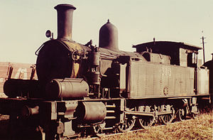 New South Wales C30 class locomotive - Image: 3013 at Hexham 1973
