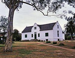 9 2 095 0017-Cuyler Manor-Uitenhage-s.jpg