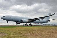 A39-003 YMAV 20130227 8724 (13185795523) .jpg