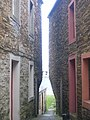 A narrow alley down to the water - geograph.org.uk - 950775.jpg