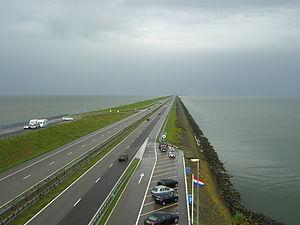 Abschlussdeich des IJsselmeeres