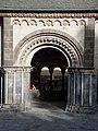 Abtei Maria Laach paradiese entrance.jpg
