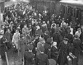 Adelborsten Assaut aankomst Feeentrein Den Helder, Bestanddeelnr 904-3441.jpg