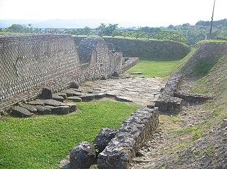 Aeclanum - Image: Aeclanum (Ancient Roman Street)