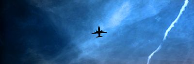 Airplanes in the night sky (6906687393) Banner.jpg