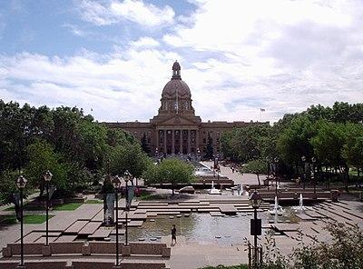 アルバータ州議会議事堂 ...