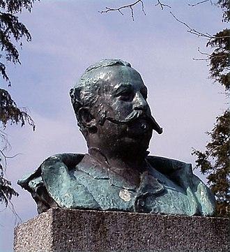 Alexander Kielland - Bust of Alexander Kielland in Reknes Park in Molde