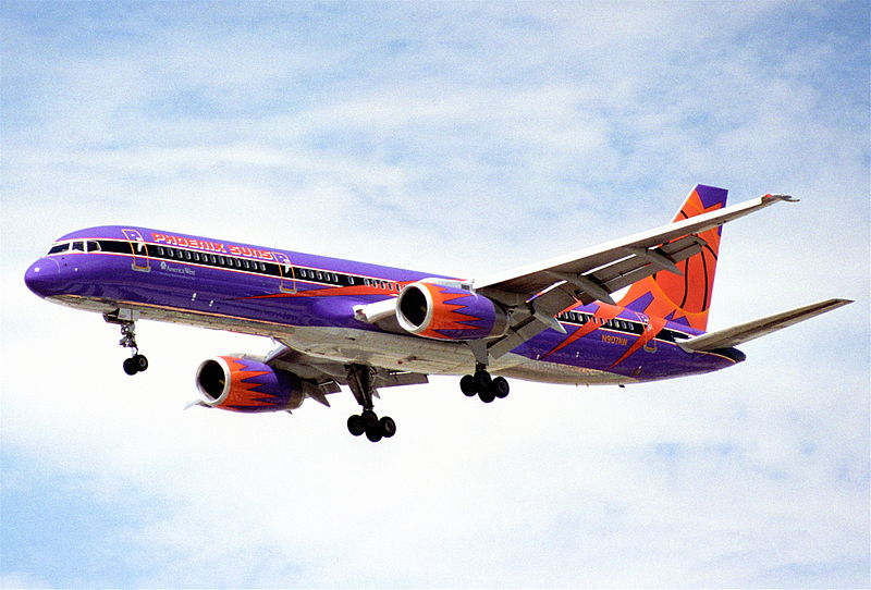 File:America West Airlines Boeing 757-225; N907AW@LAS;01.08.1995 (5445461348).jpg