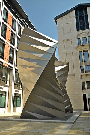 Angel's Wings sculpture by Thomas Heatherwick, Bishop's Court, London 02.JPG