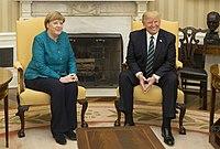 valokuva Merkelistä ja Trumpista