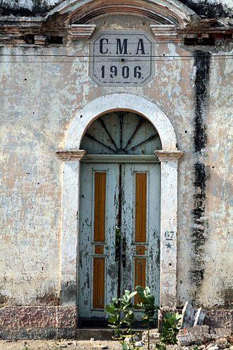 Ambriz - The old school of Ambriz