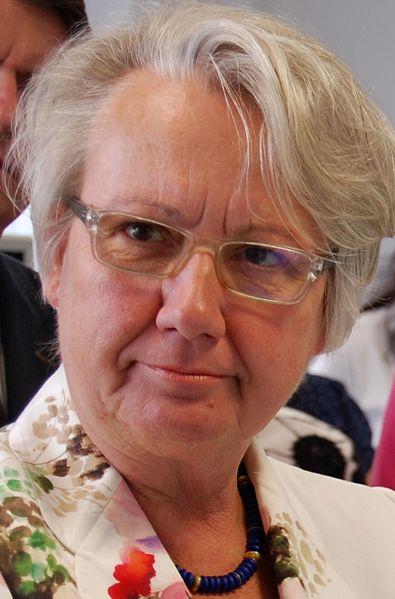 File:Annette Schavan 2013.JPG