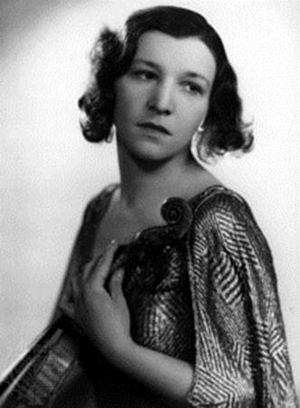 Jelly d'Arányi - Jelly d'Aranyi in 1923
