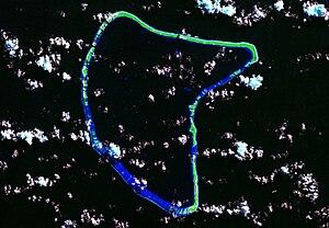 Aratika - Image: Aratika Atoll Landsat S 06 15 2000 (1 115,000)