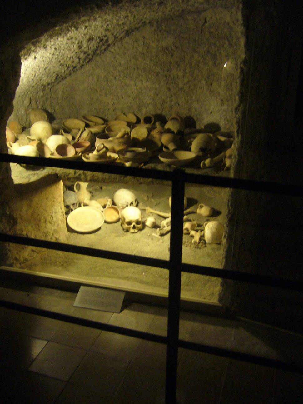Arheologicheski-Chambres-2