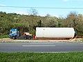 Armeau-FR-89-Monts Queue-camions-02.jpg