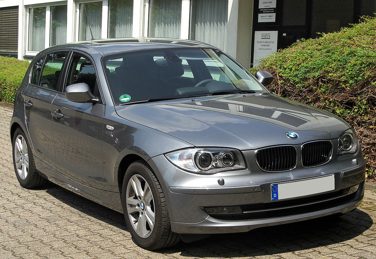 BMW 1-series review: better than an Audi A3?