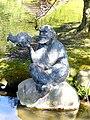 Bad Sassendorf – Bronze-Skulpturen – der alte Netzfischer und seine Beute - panoramio - Edgar El.jpg