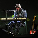Badly drawn boy cardiff ts 2005.jpg