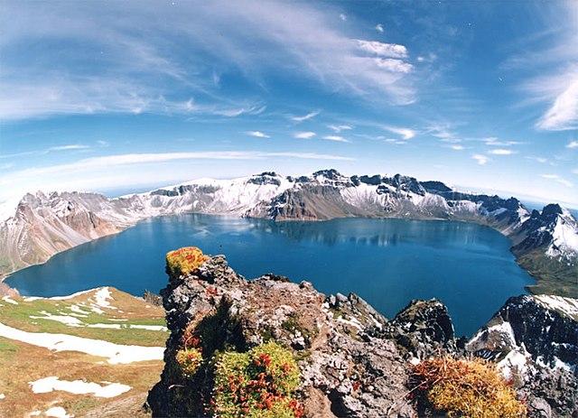 Пектусан: озеро в кратере