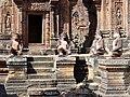 Banteay Srei 37.jpg