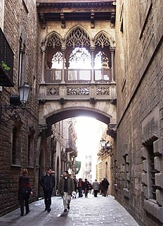 the centre of the old city of Barcelona