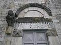 Bassorilievo della porta laterale, duomo, Barga.jpg