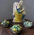 Benedetto buglioni, angelo, e bottega di giovanni della robbia, tre canestri di frutta.JPG