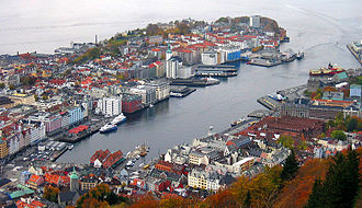 Nordnes - View of Nordnes (left) and Vågen from Fløyen