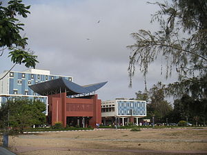 Cheikh Anta Diop University - Cheikh Anta Diop University library building, showing additions, 2005.