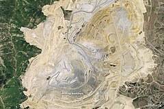 Bingham Canyon Mine Satellite image before Landslide.jpg