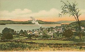 Meredith, New Hampshire - Meredith village c. 1905