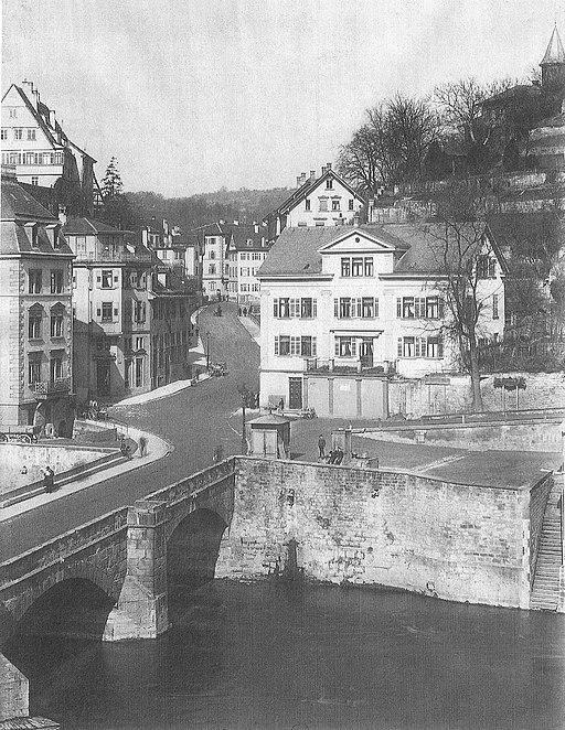 512px-Blick_%C3%BCber_den_Neckar_in_die_M%C3%BChlstra%C3%9Fe_um_1895_%28TSiW096%29.jpg