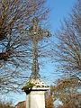 Blis-et-Born croix à coté église.JPG