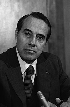 Bob Dole, photo portrait, head and shoulders, facing front, February 9, 1982.jpg