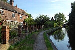 Bodymoor Heath - Canal-side cottages at Bodymoor Heath, seen from below Bodymoor Heath Bridge