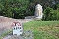 Borne kilométrique N84 Val Enfer Cerdon Ain 5.jpg