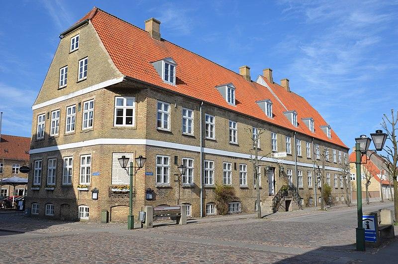 File:Brödramenighedens hotel Christiansfeld.JPG