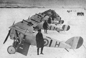 Engelska stridsflygplan.
