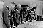 Bundesarchiv Bild 146-1971-068-14, Russland, v. Beaulieu-Marconnay, v. Leeb, Hoepner, Angern.jpg