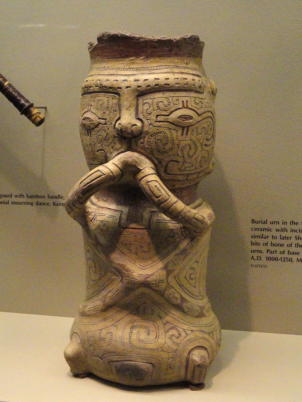 Burian urn, AD 1000-1250, Marajoara culture - AMNH - DSC06177