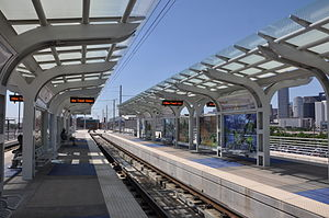 Burnett Transit Center - Image: Burnett TC platforms