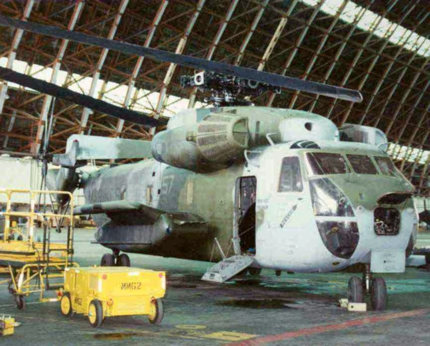 CH-53D maintenance at MCAS Tustin