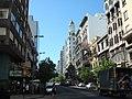 Calle céntrica de Montevideo, Uruguay.jpg