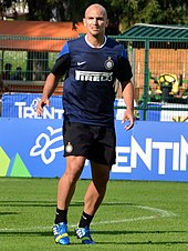7ac72a7bf Cambiasso training with Inter in 2013