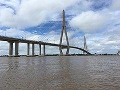 Can Tho Bridge.jpg