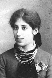 Caroline Henle 1882