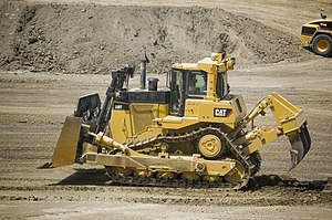 Caterpillar D9 - Image: Cat D9T