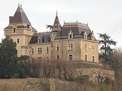Le château de Rochetaillée.