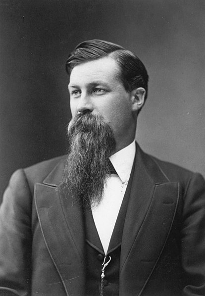 File:Chamberlin, Thomas in his 30's.jpg